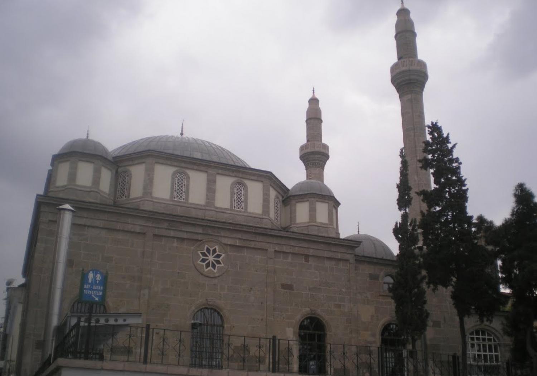 Kuru Sistem Camii Halı Temizleme